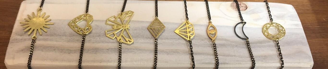 bracelet fantaisie en laiton géométrique.